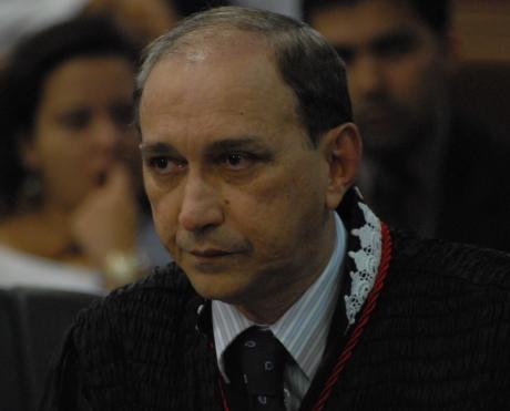 O desembargador Lourival Serejo diz que o Judiciário quer ouvir o cidadão