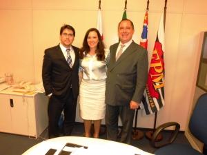 Durante visita à Escola Paulista da Magistratura, a coordenadora de cursos a distância colheu informações para implantação do serviço no Maranhão