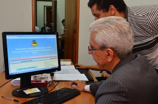 No 5º Juizado Especial (UFMA), os processo começam a tramitar eletronicamente (Foto:Ribamar Pinheiro)