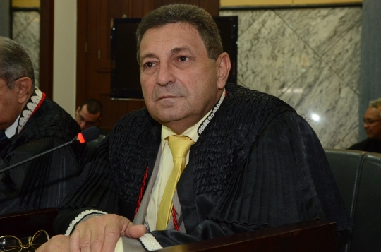 O desembargador Bayma Araújo votou pelo recebimento da denúncia (Foto: Ribamar Pinheiro)