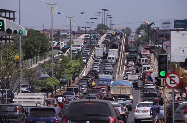 Resultado de imagem para trânsito em São Luís