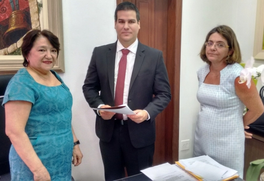 O juiz foi empossado pela vice-presidente do TJMA, desembargadora Maria das Graças Duarte Mendes