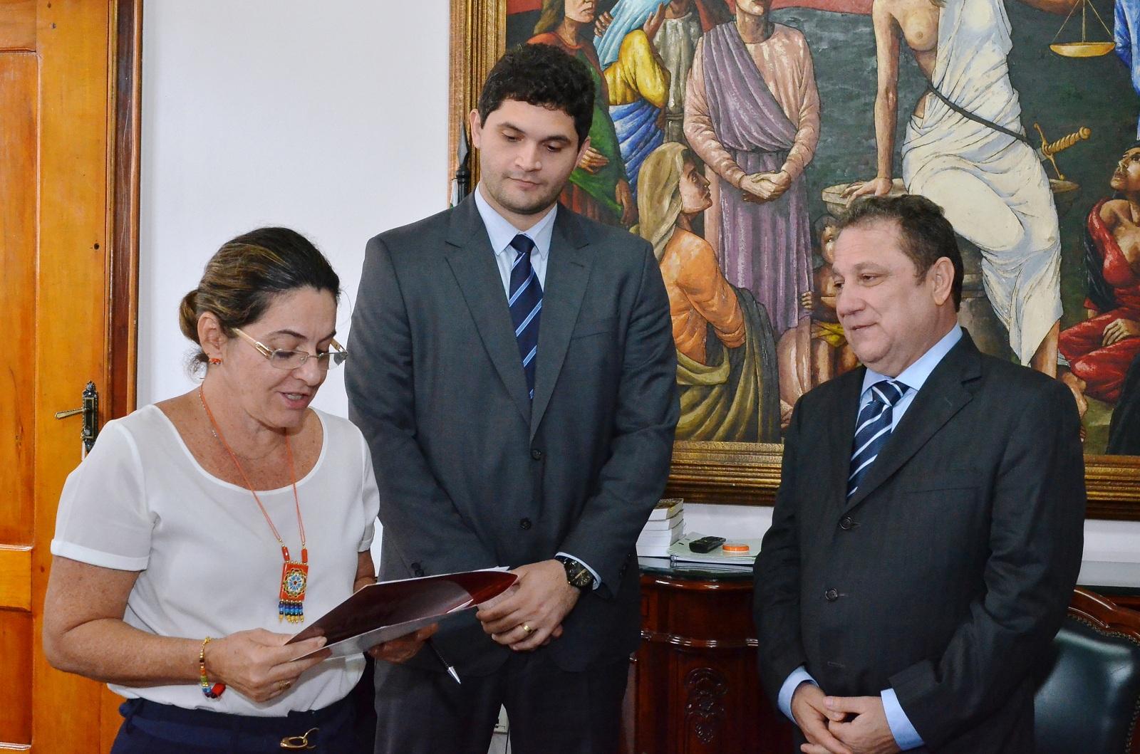 Resultado de imagem para Juiz Danilo Mendes e Santana