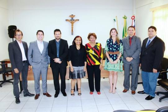 Corregedora Anildes Cruz reuniu com os ju�zes da comarca de Timon.