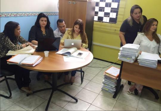 Juíza Rosângela Prazeres e servidores da CGJ durante trabalho correicional em Pedreiras.