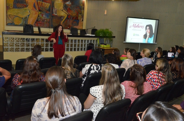 Talk show foi ponto alto do evento, voltado para as mulheres do Judiciário. Foto: Ribamar Pinheiro/ TJMA