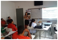 Juíza Ana Paula Araújo realiza palestra 'Aprendendo com Maria da Penha no Cotidiano'.