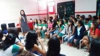 Magistrada divulga informações em Escola da Rede Pública de Imperatriz.
