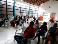 Público presente à palestra.
