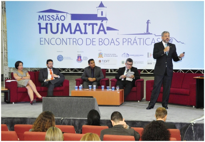 Juízes Gladiston Cutrim e Sônia Amaral discutem boas práticas para a Justiça estadual. (Imagem: TJBA).