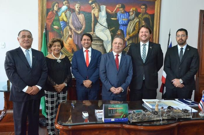 Juízes promovidos para a Comarca da Ilha tomam posse. Foto: Ribamar Pinheiro/ TJMA