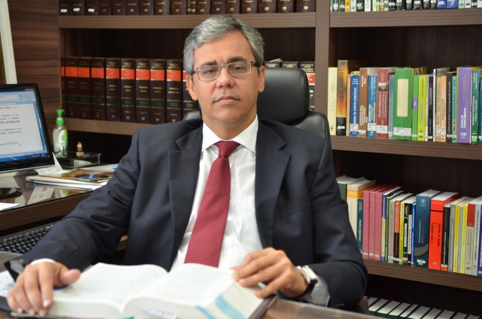 O desembargador Paulo Velten aponta os avanços do novo Código de Processo Civil (Foto: Ribamar Pinheiro)