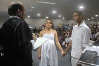 Juiz Clésio Cunha casa Erick Wesley França e Caroline Ferreira, casal especial gestante.