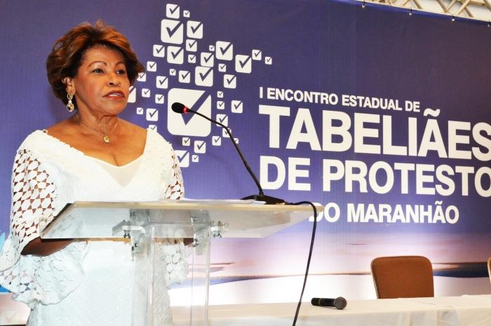 Corregedora Anildes Cruz agradece o reconhecimento e reafirma apoio às boas práticas cartorárias. (Foto: Ribamar Pinheiro/TJMA).