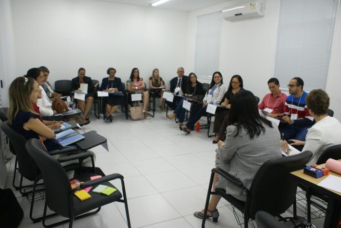 A formação reúne magistrados e servidores que atuam nas unidades judiciais com competência no atendimento aos idosos
