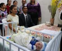 Casal foi unido em maternidade logo após o nascimento do filho.
