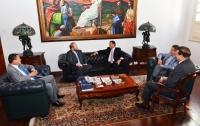 Presidente do TJ recebeu, em seu gabinete, a visita do presidente da Assembleia Legislativa do Estado, Othelino Neto (Foto: Ribamar Pinheiro)