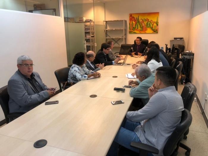 Reunião na Vara de Interesses Difusos e Coletivos da capital