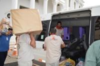 O veículo lotado com alimentos, água mineral e roupas seguirá em direção a Tuntum nesta terça (17)