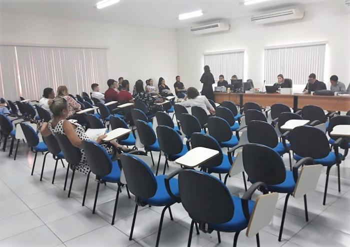 Júri Popular realizado pela 3ª Vara Criminal de Caxias nesta quarta-feira, 25.