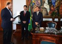 A posse aconteceu no Gabinete da Presidência.