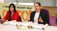 Ativista Bárbara Penna (esquerda) foi convidada para dar seu depoimento sobre a violência que sofreu