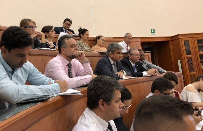 Desembargadores Froz Sobrinho e Bernardo Rodrigues integram o grupo de magistrados do TJMA