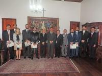 A cerimônia de posse ocorreu no Gabinete da Presidência do TJMA