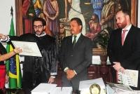 A solenidade de posse ocorreu no Gabinete da Presidência.