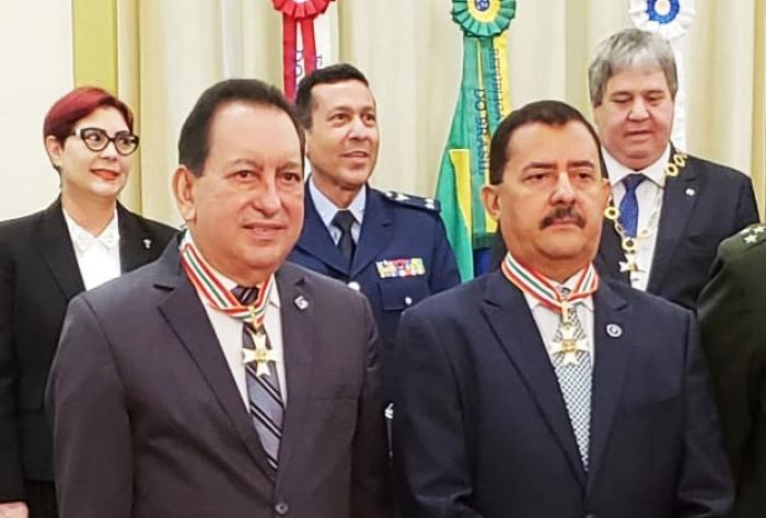 A homenagem foi em reconhecimento aos relevantes serviços prestados por Joaquim Figueiredo à Justiça.