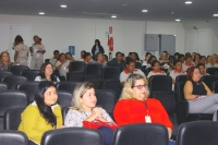 Servidoras participam de evento alusivo ao Outubro Rosa