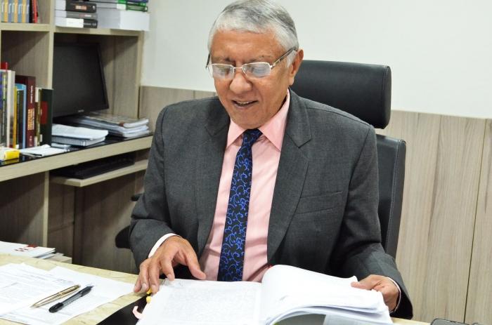 Des. João Santana realiza correição extraordinária em seu gabinete. Foto: Ribamar Pinheiro/ Asscom TJMA