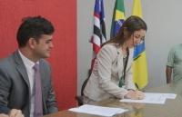Juíza Jaqueline Caracas representou o corregedor-geral na cerimônia de assinatura do