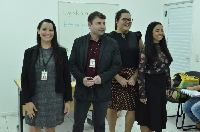 Atuam como instrutores, os conciliadores Guilherme Freire, Maíra de Castro, Dinalva Feitosa e Aline Dutra (Foto: Ribamar Pinheiro)