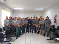 Curso de capacitação oferecido a vinte policiais militares que atuarão no Projeto Capitães da Areia.