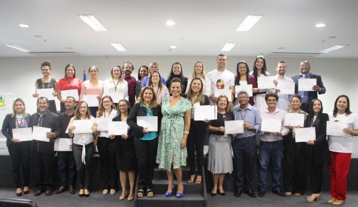 Juízes e profissionais do TJMA e MPMA concluíram projetos que ampliam o acesso à justiça (Fotos: Lago Júnior)