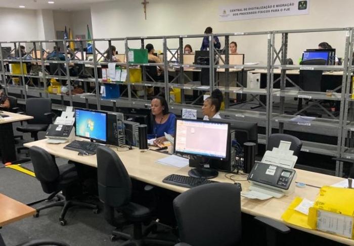 A Central de Digitalização dos processsos funciona no Fórum de São Luís, no Calhau