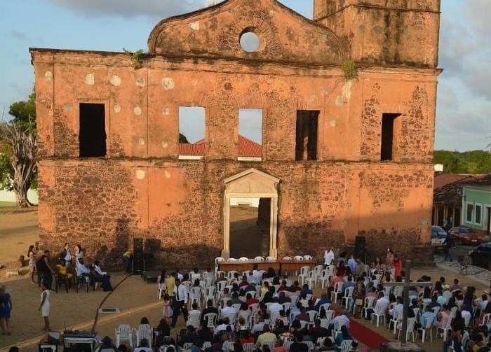 Casamento Comunitário aconteceu em praça pública de Alcântara