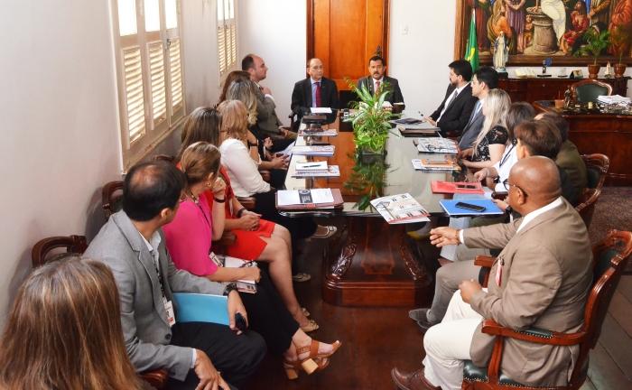A reunião foi realizada no Gabinete da Presidência do TJMA (Foto: Ribamar Pinheiro)
