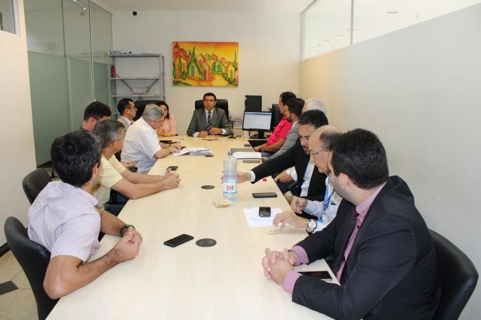 Juiz Douglas Martins (VIDC) preside audiência de conciliação entre município de São Luís em empresas de transporte coletivo